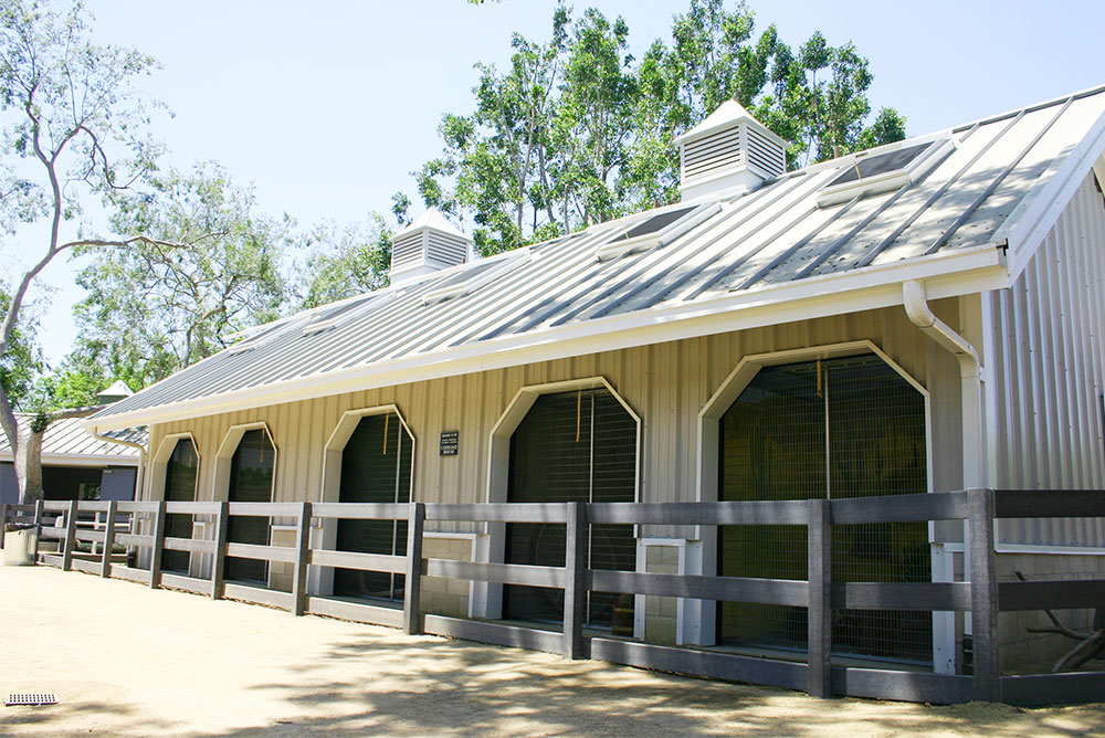 metal-horse-stable-buildings