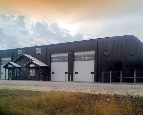 Steel Oil Field Service Building